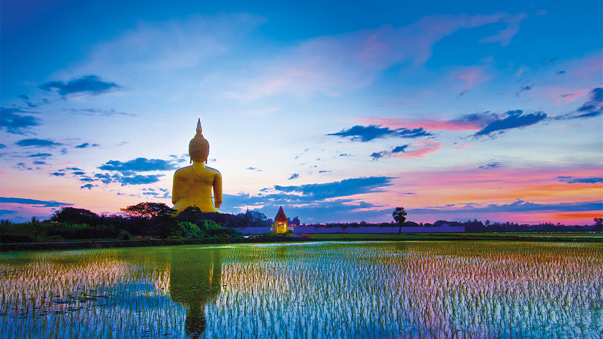Unique temples near Bangkok offer out-of-the-ordinary experiences